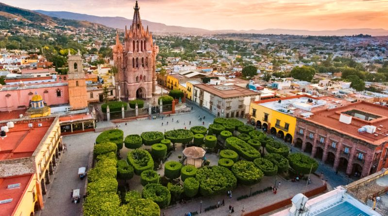 Aerial view of San Miguel de Allende plaza with church