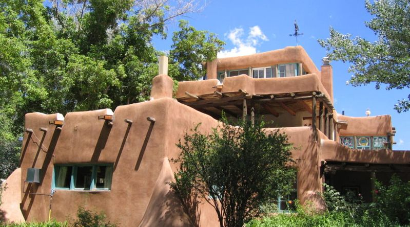 Sleep with the Greats in Taos