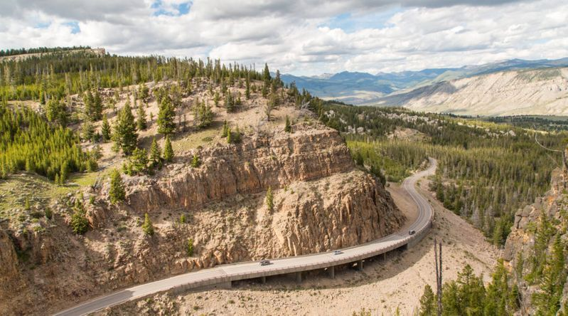 Grand Loop Road in the Golden Gate Canyon in the northern part Yellowstone National Park