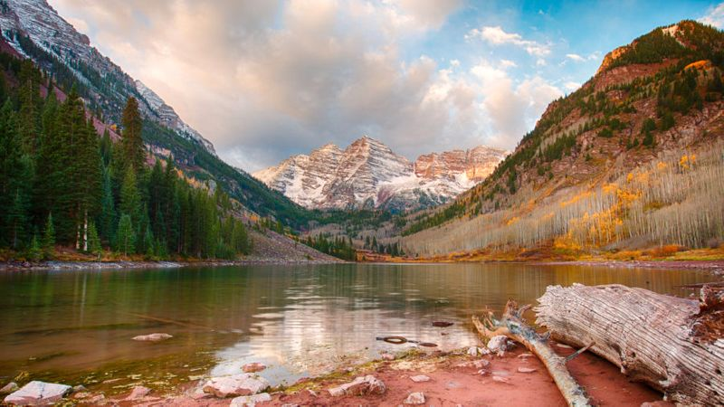 Crater Lake, one of the best hikes in Colorado, in Maroon Bells–Snowmass Wilderness