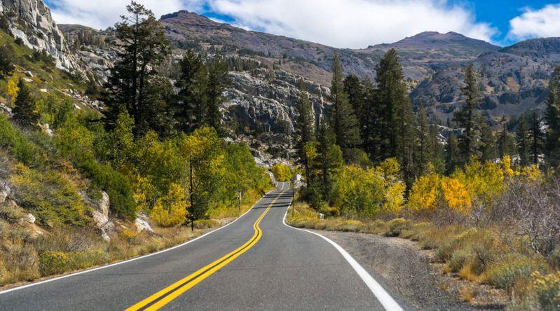 Driving through the California Sierra Nevada