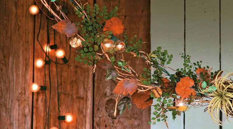 Lights and Leaves Garland