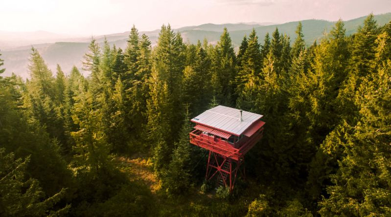 Treetop Aerie: Fire Lookout (ID)