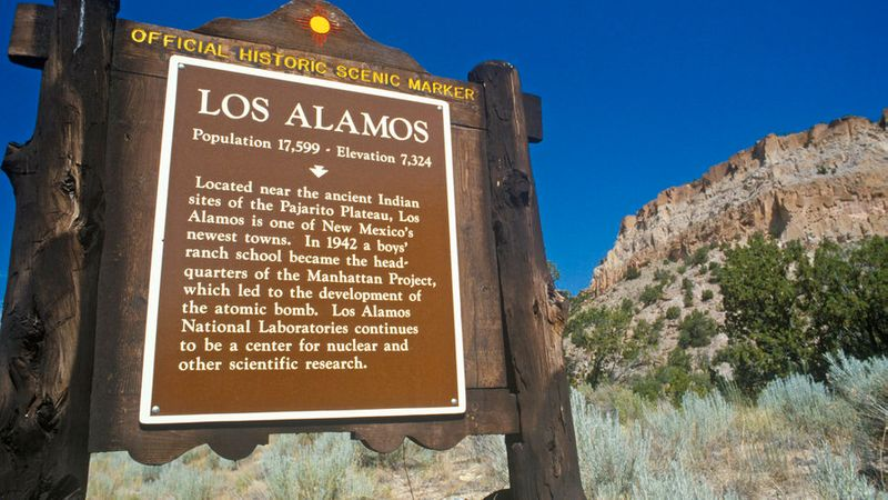 Historical marker of Los Alamos in New Mexico