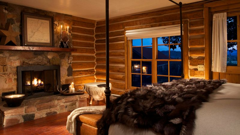 Inside the cozy cabins at Brush Creek Ranch in Wyoming