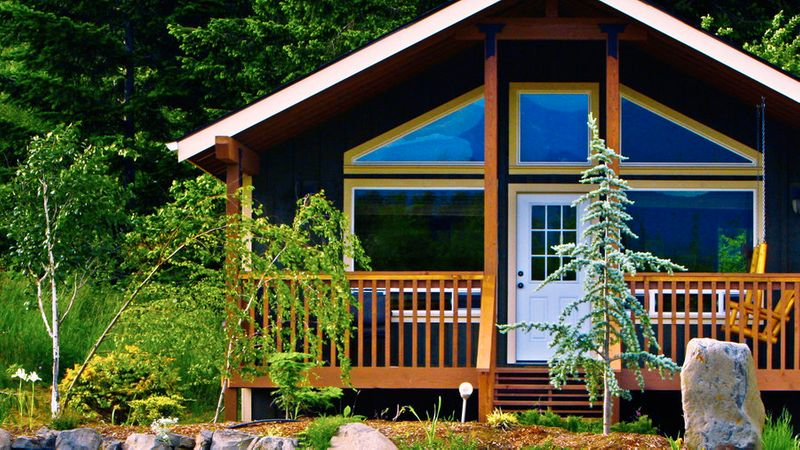 The Best Cabins for Getaways in the West | Sunset - Sunset