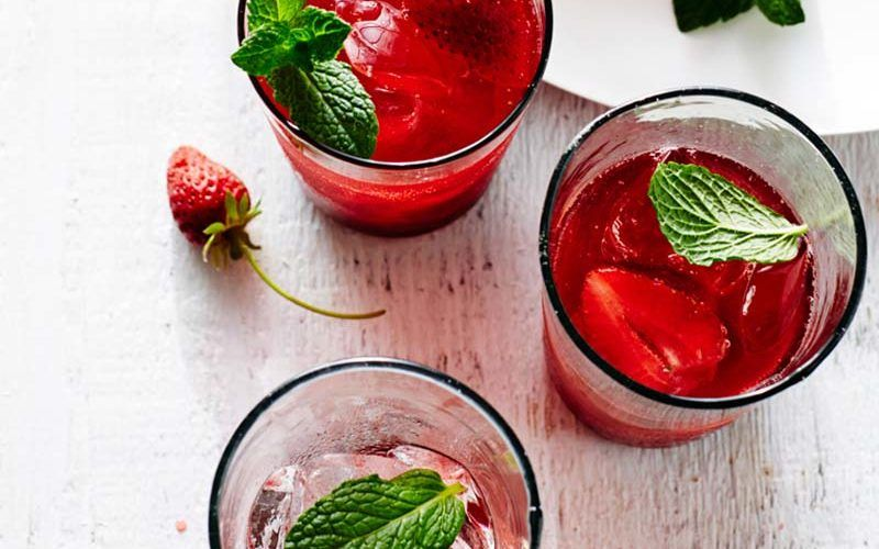 strawberry hibiscus cooler