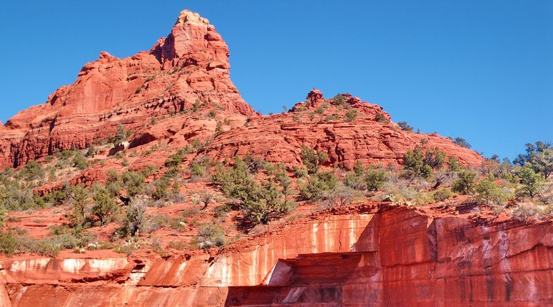 View of red rock peaks at Soldier Pass Trail, one of the best hikes in Sedona, AZ