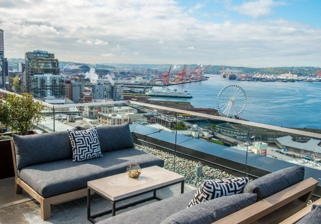 Rooftop Bar: The Nest (Seattle, WA)