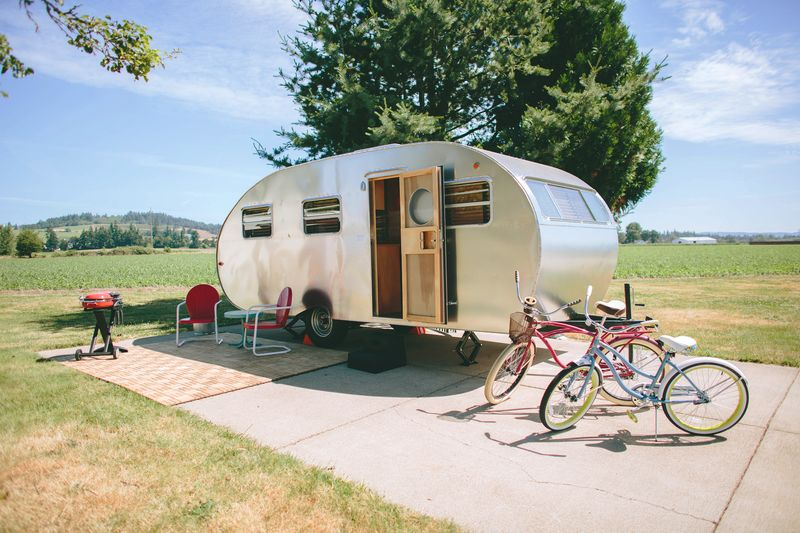 Trailer Resort, one of the best places to travel in Oregon