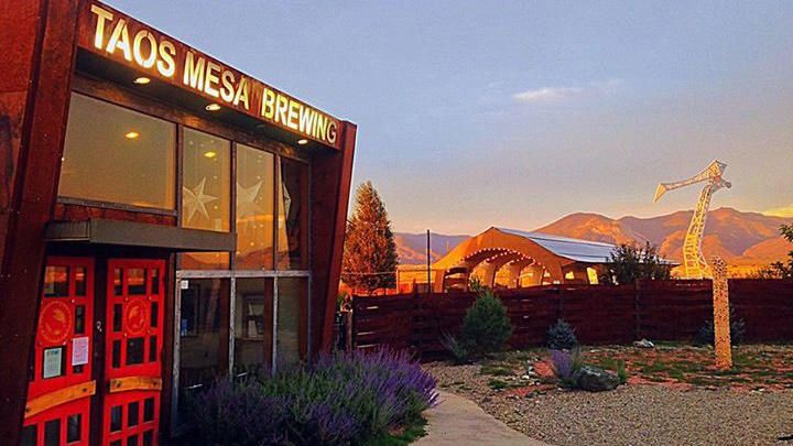Taos Mesa Brewing bar exterior