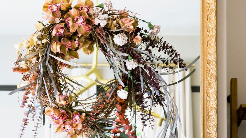 Great Ideas For Christmas Wreaths Sunset Magazine